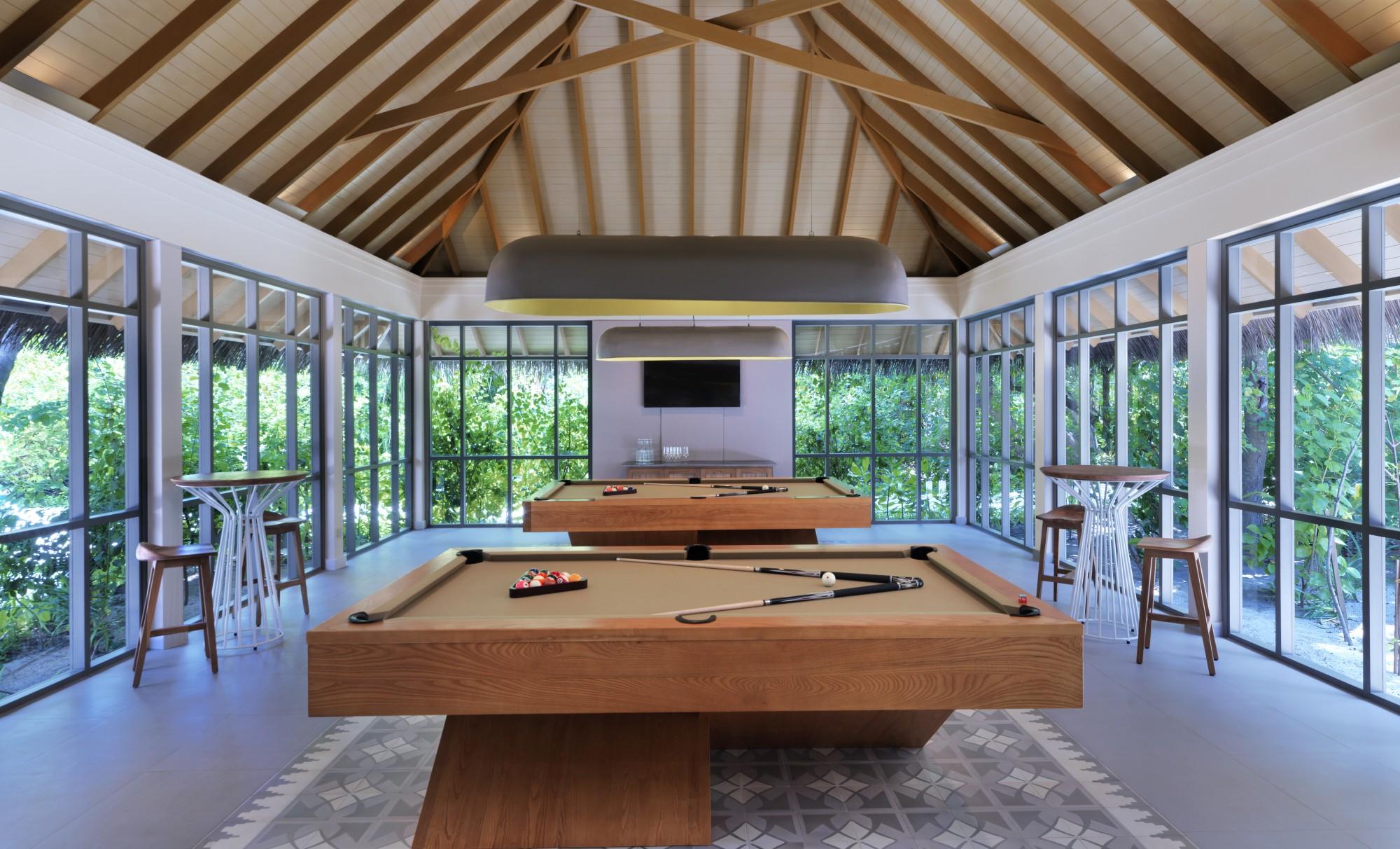 https://www.otdesign.com/wp-content/uploads/2020/11/OTdesign_Vakkaru_coconut-club-pool-tables.jpg