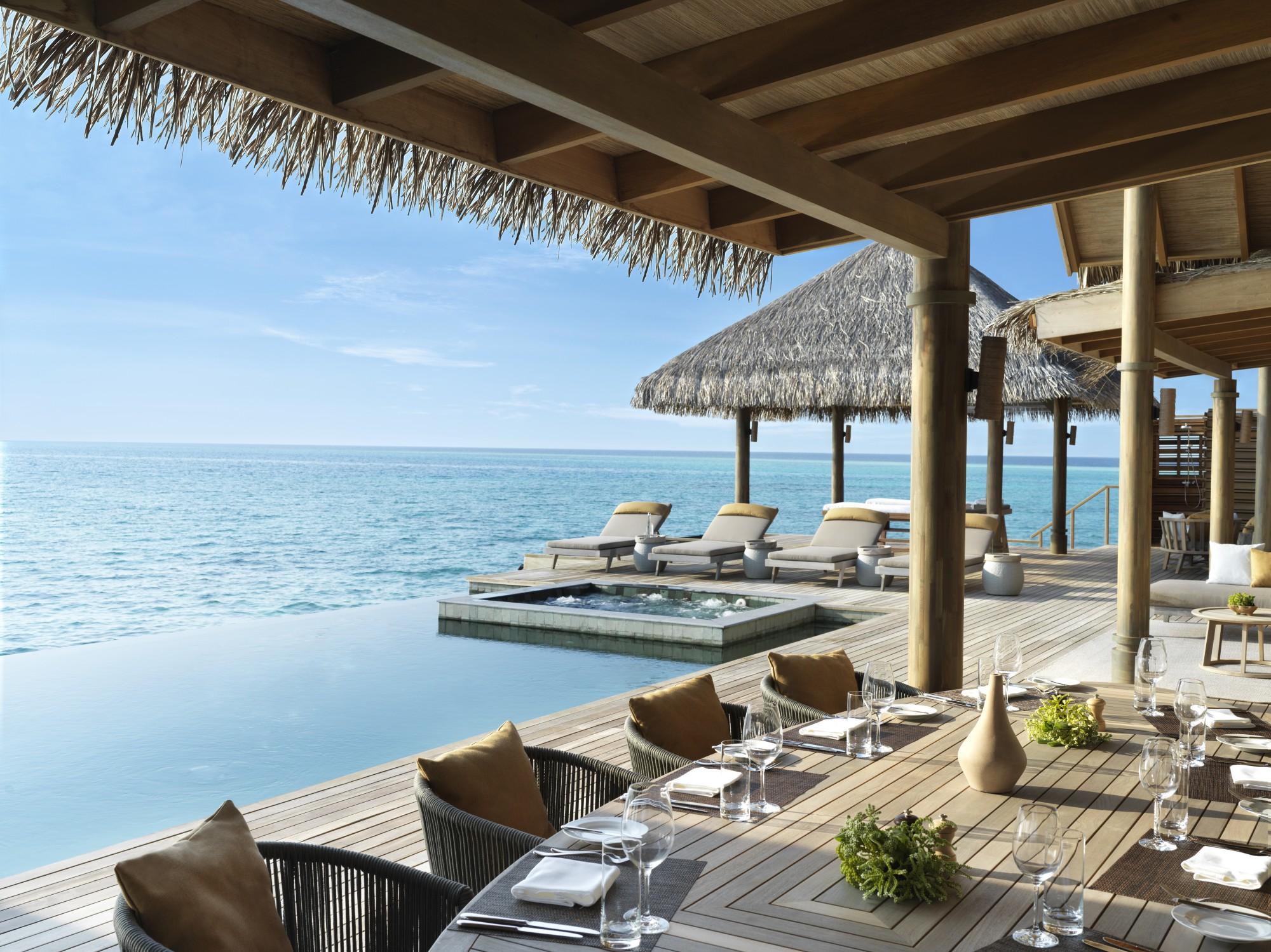 https://www.otdesign.com/wp-content/uploads/2020/11/OTdesign_Vakkaru_residence-terrace-dining.jpg